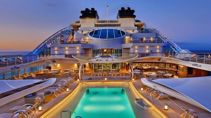 Are Luxury Cruise Ships Not Warm And Friendly