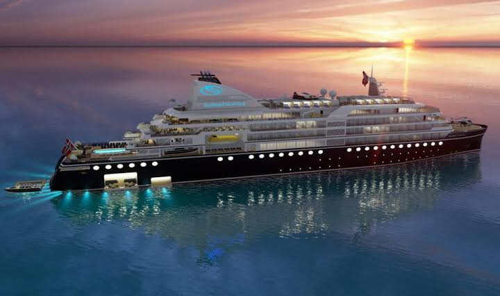 Luxury Cruise Ships: Luxury Epitomized